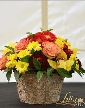 Dahlia Arrangement with roses and orchids from lilia.bg